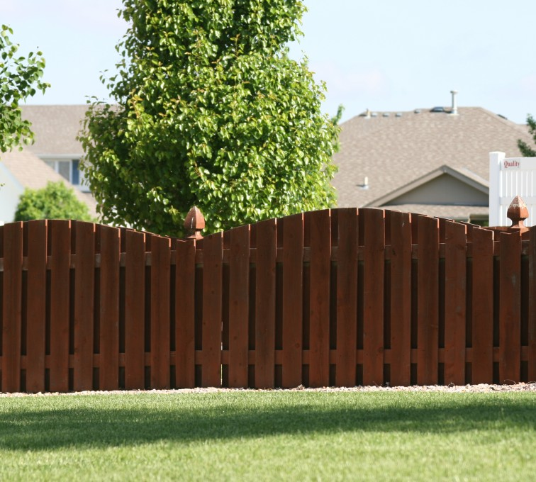 American Fence - Lincoln - Wood Fencing, 1002 4' overscallop picket stained