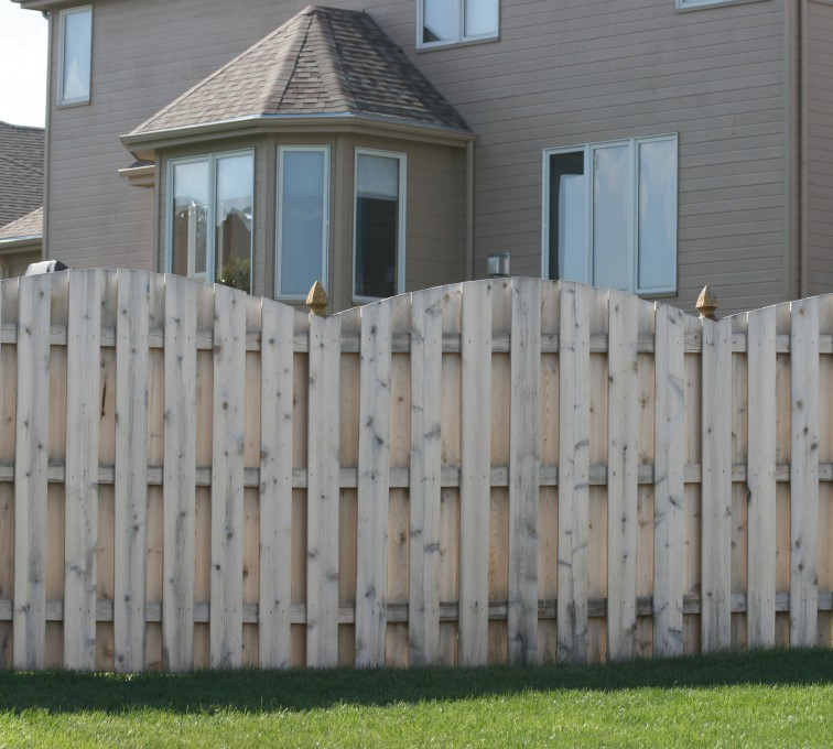 American Fence - Lincoln - Wood Fencing, 1012 6' overscallop board on board no stained