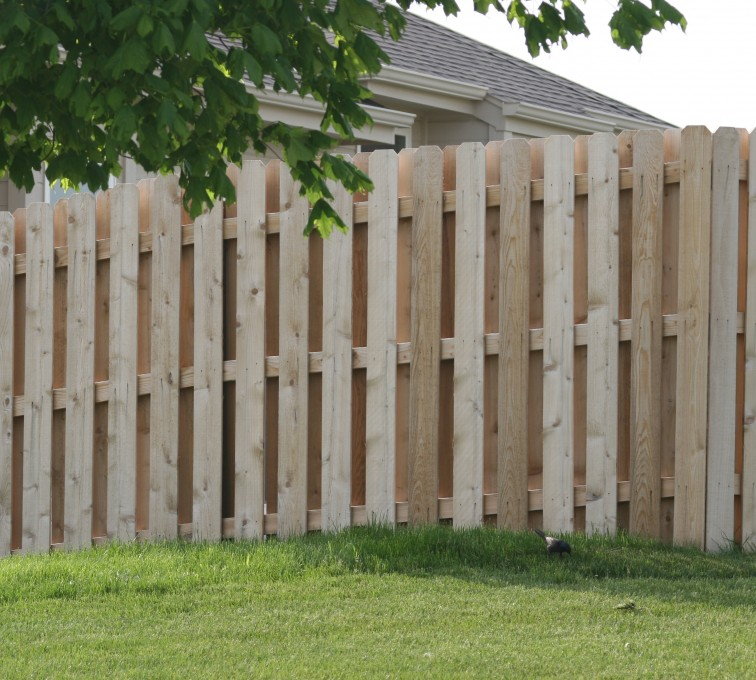 American Fence - Lincoln - Wood Fencing, 1016 Board on board