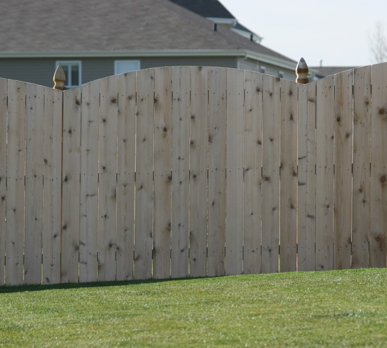 American Fence - Lincoln - Wood Fencing, 1020 Wood 6' overscallop solid