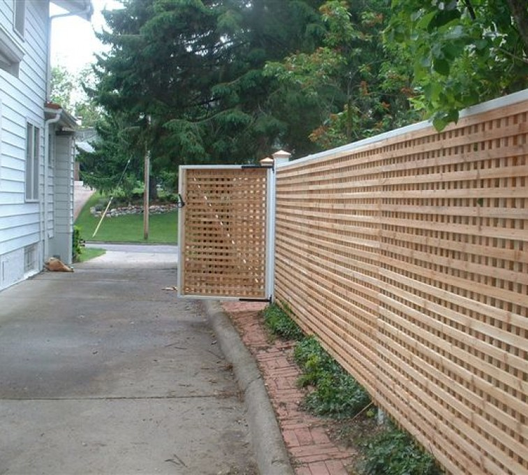American Fence - Lincoln - Wood Fencing, 1029 Lattice Fence