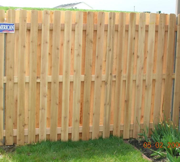 American Fence - Lincoln - Wood Fencing, 1049 1x4x4 Board on board