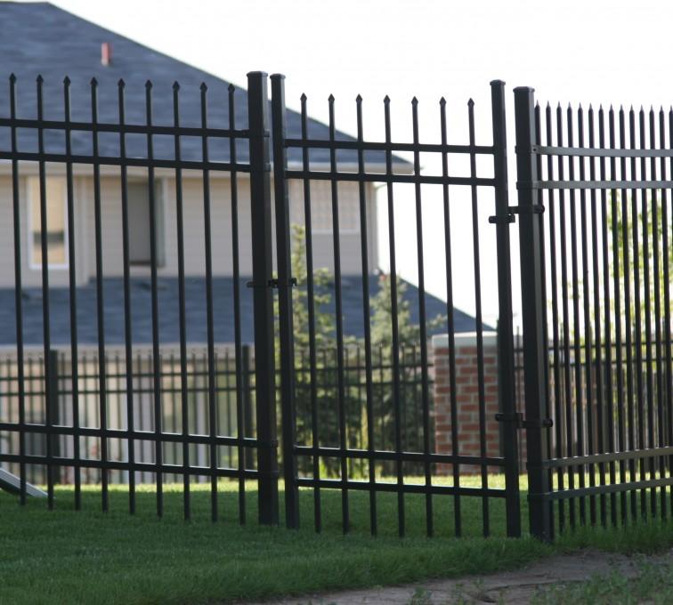 American Fence - Lincoln - Ornamental Fencing, 1060 6' spear top 4 rail black