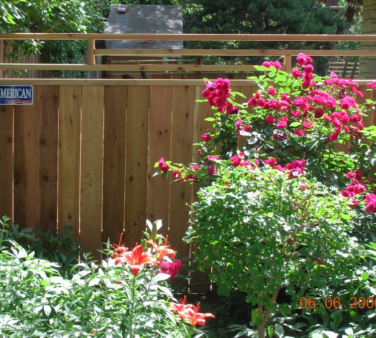 American Fence - Lincoln - Wood Fencing, 1073 Frank Lloyd Wright Fence