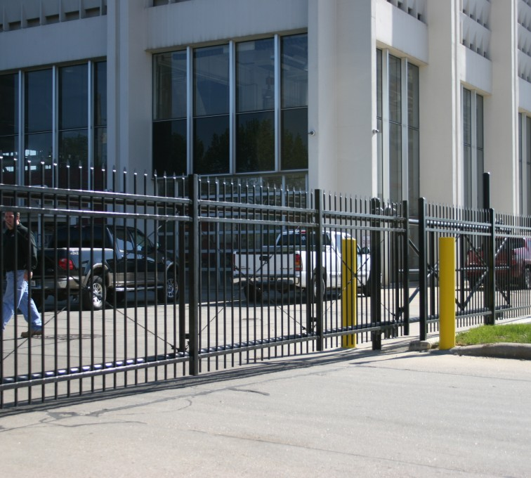 American Fence - Lincoln - Ornamental Fencing, 1074 Energy Services Gate 2
