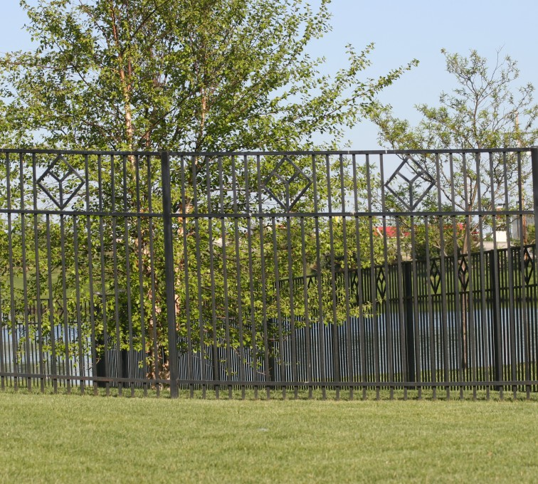 American Fence - Lincoln - Custom Iron Gate Fencing, 1217 Picket with diamond accent