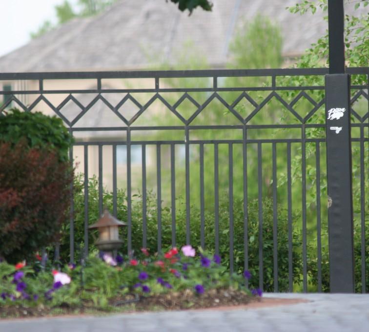 American Fence - Lincoln - Custom Iron Gate Fencing, 1218 Mulitple Diamond Accent