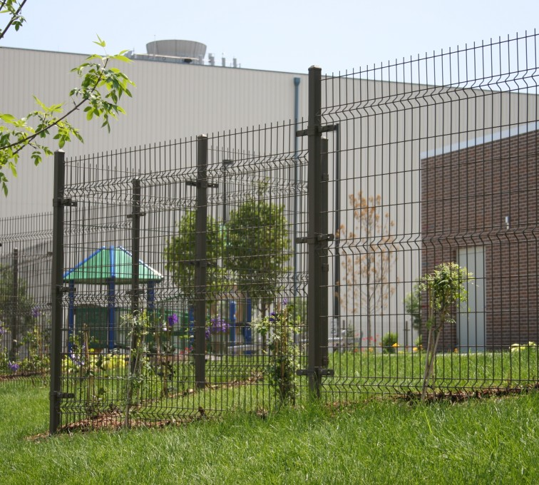 American Fence - Lincoln - Woven & Welded Wire Fencing, 1237 Omega