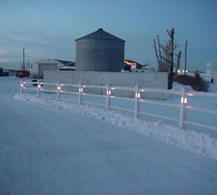American Fence - Lincoln - Vinyl Fencing, 2 Ranch Rail with lighted posts (950)