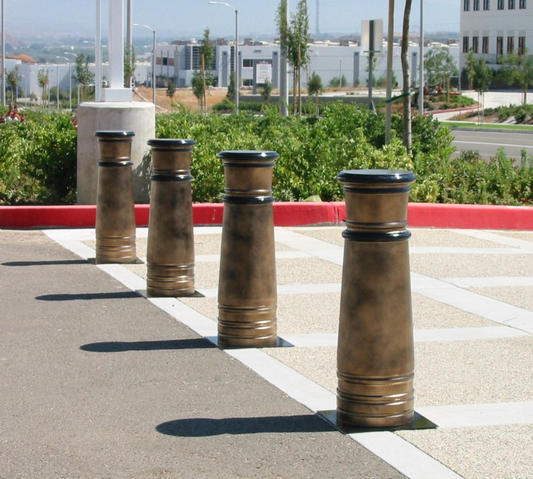 American Fence - Lincoln - K-Rated Vehicle Restraint Systems Fencing, 2114 Hydraulic Bollards