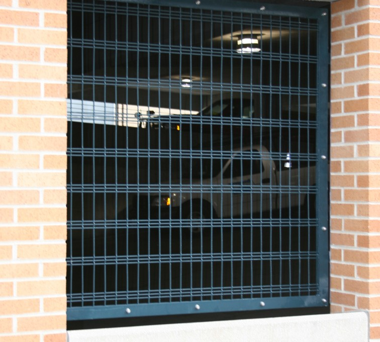 American Fence - Lincoln - Specialty Product Fencing, 2220 Custom Window Screen