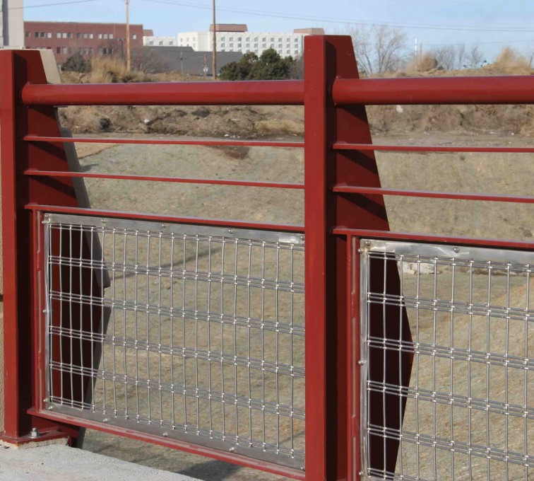 American Fence - Lincoln - Custom Railing, 2224 Stainless Steel In-fill Railing