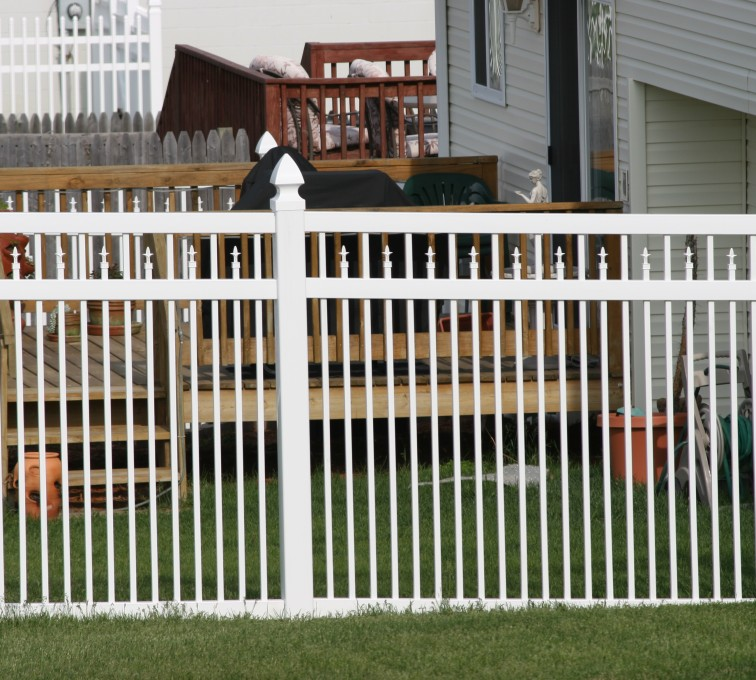 American Fence - Lincoln - Vinyl Fencing, 4' Ornamental Picket Conquer 854