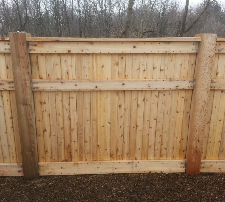 American Fence - Lincoln - Wood Fencing, 6' Custom Wood With Stone Columns - AFC- IA