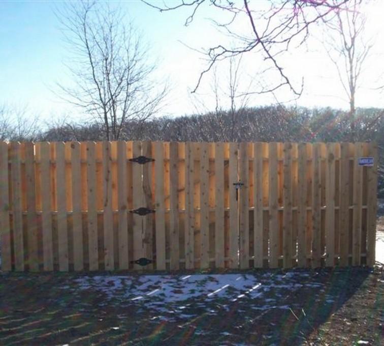 American Fence - Lincoln - Wood Fencing, 6' Board on Board - AFC - IA