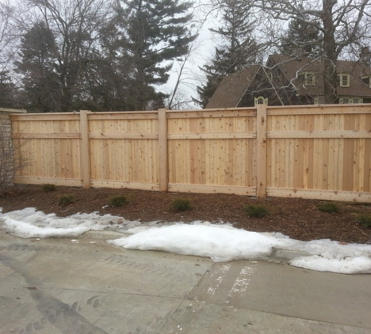 American Fence - Lincoln - Wood Fencing, 6' Custom Wood With Stone Columns - AFC - IA