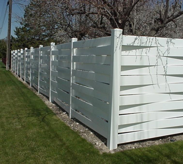 American Fence - Lincoln, Vinyl Fencing, Basket Weave 750
