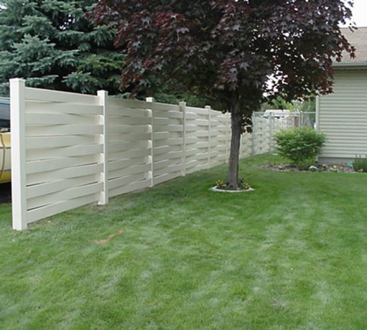 American Fence - Lincoln, Vinyl Fencing, Basket Weave 751