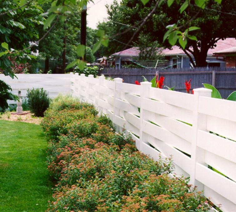 American Fence - Lincoln, Vinyl Fencing, Basket Weave 753