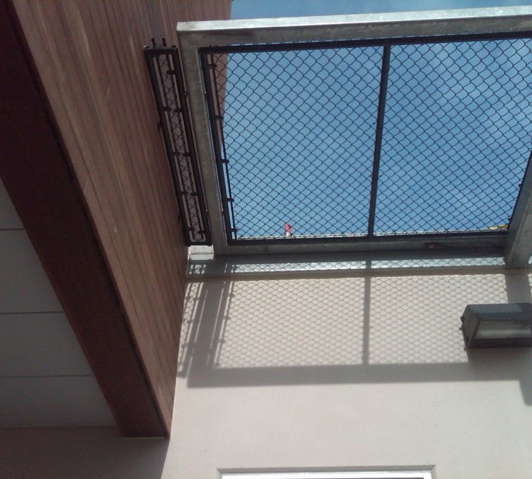 American Fence - Lincoln - Chain Link Fencing, Bellevue Hospital 25th and Cornhusker(12)