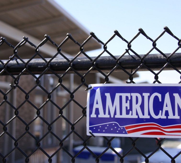 American Fence - Lincoln - Chain Link Fencing, Black Vinyl Chain Link Fence