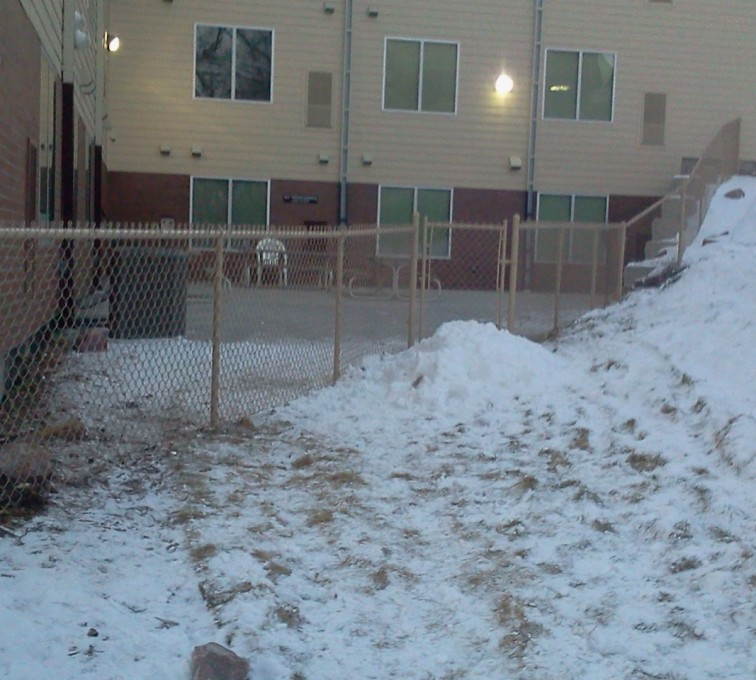 American Fence - Lincoln - Chain Link Fencing, Brown vinyl chain link