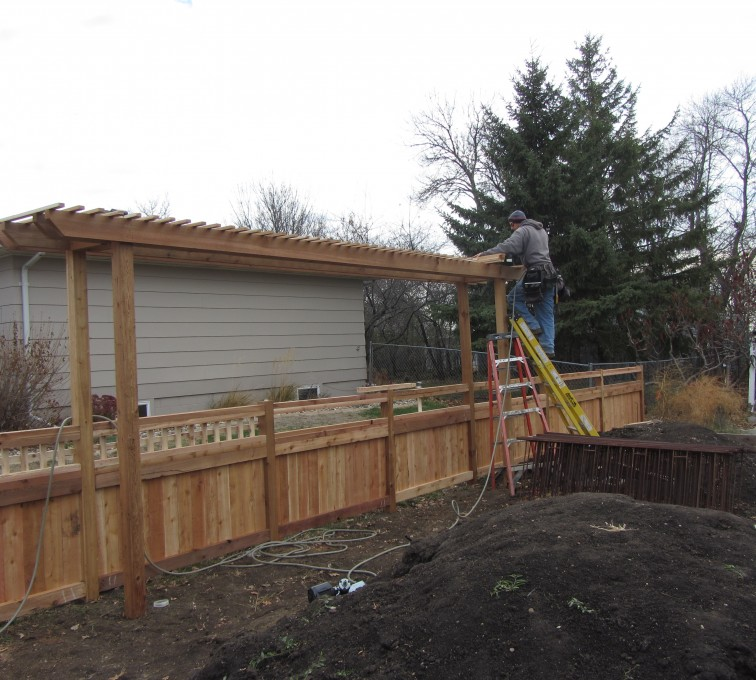 American Fence - Lincoln - Wood Fencing, Custom Arbor AFC, SD