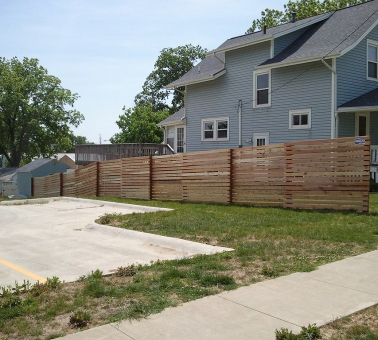 American Fence - Lincoln - Wood Fencing, 6' Horizontal Picket - AFC - IA