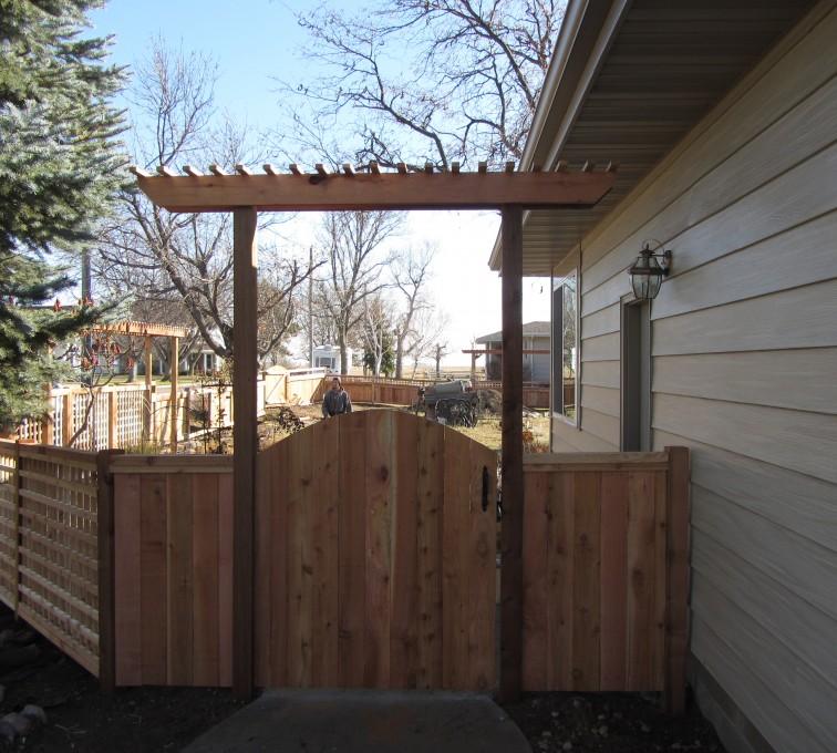 American Fence - Lincoln - Wood Fencing, Decorative Cedar Gate AFC, SD