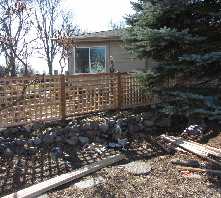 American Fence - Lincoln - Wood Fencing, Decorative Cedar Lattice AFC, SD