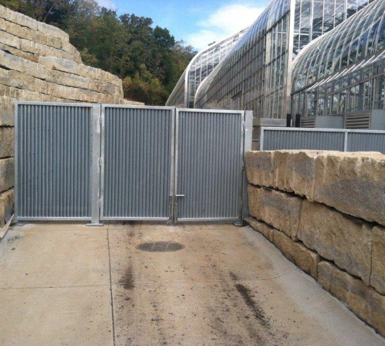PalmShield Gate