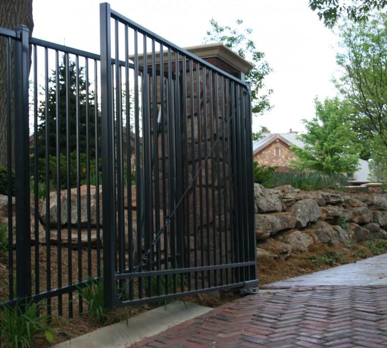 American Fence - Lincoln - Custom Gates, Estate Double Drive Gate