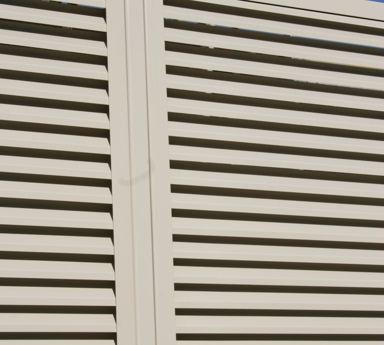 American Fence - Lincoln - Louvered Fence Systems Fencing, Louvered Fence Post