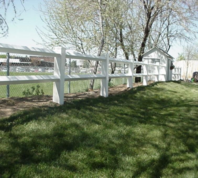 American Fence - Lincoln - Vinyl Fencing, MVC-007F