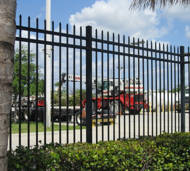 American Fence - Lincoln - American Ornamental Fencing, Commercial Spear Top