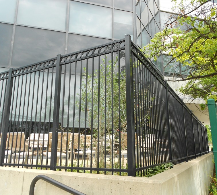 American Fence - Lincoln - American Ornamental Fencing, Commercial Flat Top