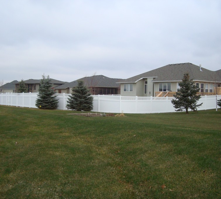 American Fence - Lincoln - Vinyl Fencing, Privacy With Picket Accent 2