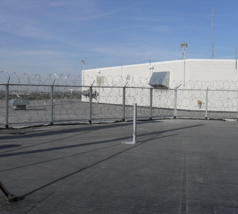 American Fence - Lincoln - High Security Fencing, Rooftop Concertina