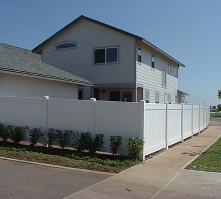 American Fence - Lincoln - Vinyl Fencing, Solid Privacy (611)