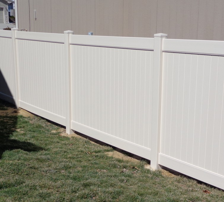 American Fence - Lincoln - Vinyl Fencing, 6' Tan Privacy - AFC-KC