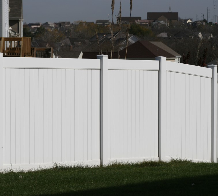 American Fence - Lincoln - Vinyl Fencing, Vinyl 6' solid (619)