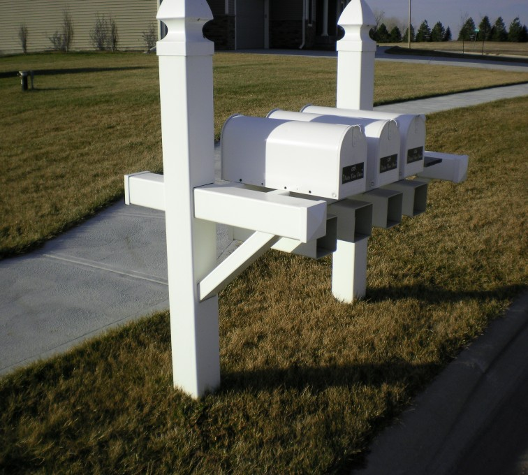 American Fence - Lincoln - Specialty Product Fencing, Vinyl Custom Mailbox
