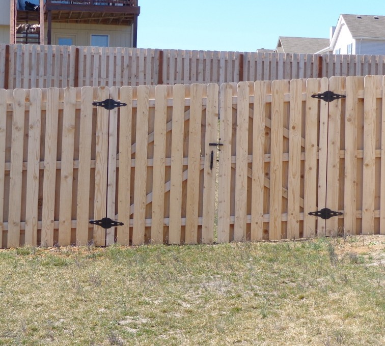 American Fence - Lincoln - Wood Fencing, 6' Board on Board - AFC-KC